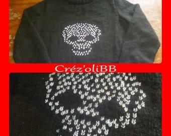 Skull teen knitted handmade sweater
