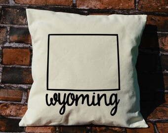 Wyoming pillow, pillow gift,Wyoming gift, decorative pillows, pillow cover, Wyoming, throw pillows, WY pillow, envelope pillow cover, state