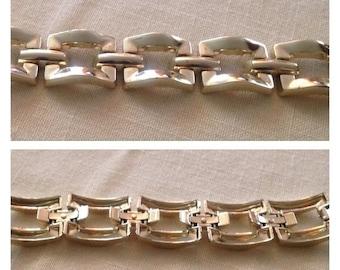 Anniversary Sale Cool Goldtone Chunky Link Bracelet
