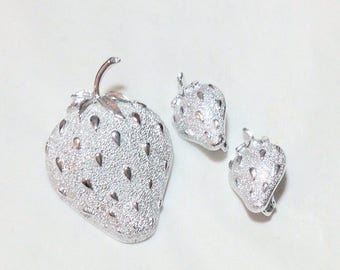 Vintage Sarah Coventry Strawberry Pin and Earrings