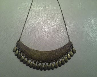 Simple and chic 100% bronze necklace