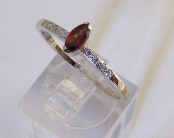 Ring knuckle silver and gemstone Garnet size 58