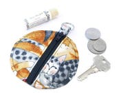 Cat coin purse,  earbud pouch, cat lip balm  holder, round cat chapstick holder, gift for cat lover, earphone case, CP11