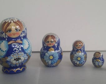 Very pretty flowers, Russian doll, 5 pieces nesting dolls matryoshka