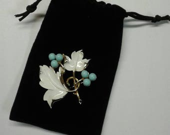 Vintage Sarah Coventry Leaf and Berry Brooch Called Placid Beauty