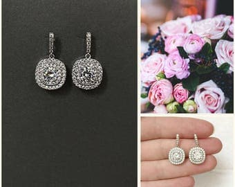 Bridal earrings, Crystal teardrop earrings Vintage gold bridal earrings rhinestones, pageant earrings