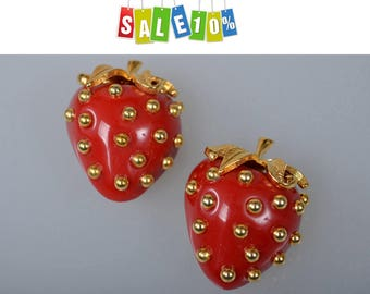 KJL Kenneth Jay Lane red Lucite Strawberry Brooches pins