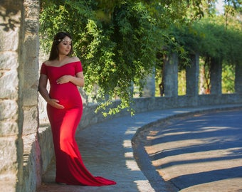 Fitted Maternity Dress for Photo Shoot-Long Maternity Dress-Fitted Maternity Gown with Sweetheart Top-Maxi Gown-Short Sleeves Dress