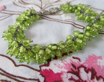 Green seed bead bracelet lobster claw clasp extender chain