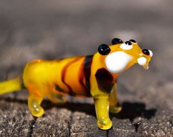 Glass tiger figurine hand blown tiger animals small tiger sculpture art glass blowing murano tiger collectible glass gift for baby