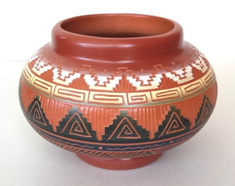 Vintage Tannia Navajo signed Pottery