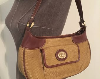 Vintage Etienne Aigner handbag! (Brown and wheat colored)