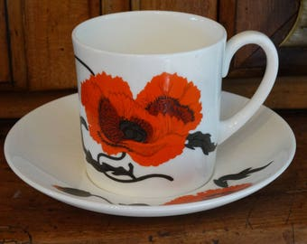 Wedgwood Cornpoppy Teacup and Saucer Susie Cooper Design