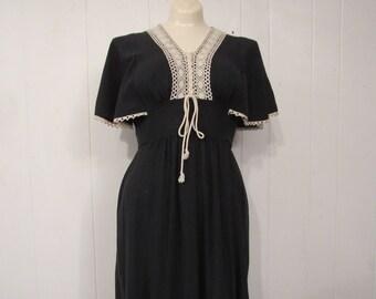 Vintage dress, 1970s dress, cotton dress, Hippy dress, prairie dress, vintage clothing, small