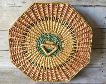 Vintage Lidded Wicker Basket - Southwestern Bamboo Rattan Basket Wall Art