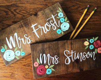 Teacher Name Sign, Back to School, Teacher Gift, Last Name Sign, painted Wood Sign