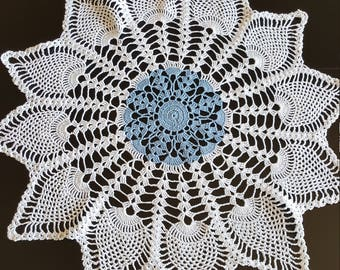 Light blue and white 12 point pineapple doily