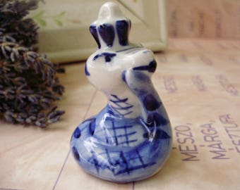 Vintage animal figurine,Russian Gzhel porcelain little snake,handpainted,stamped