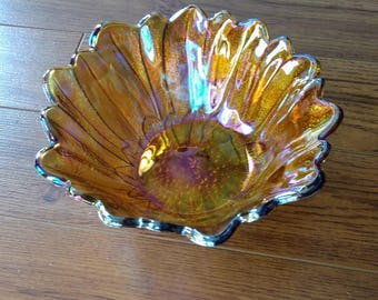 Lillyponds Carnival Glass Bowl