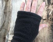 Black fleece men's glove