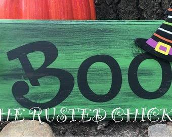 Boo sign, Halloween sign, Witch sign, Fall sign, Distressed Sign, Rustic Sign, Wreath Sign, Wall Sign, Door Sign