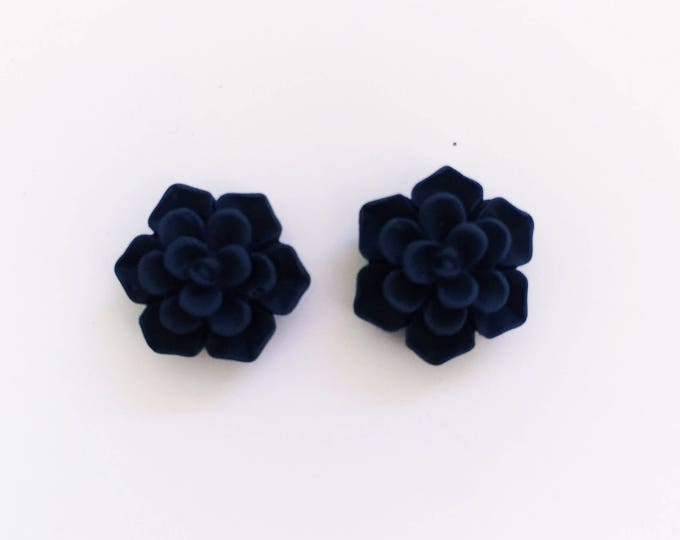 The 'Marion' Flower Earring Studs