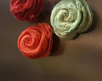 Wood Flower Magnets