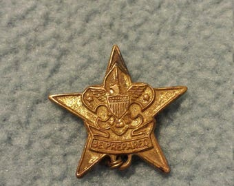 "1940's ""Be Prepared"" Girl Scouts Pin"