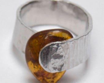 hammered Burlwood with amber