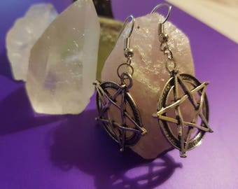 Pentagram Earings, Gothic jewellery, Pagan jewellery, witchcraft