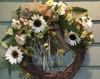 FRENCH COUNTRY FARMHOUSE Sunflower Wreath/ White
