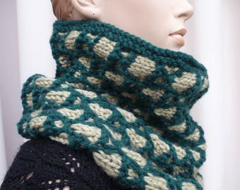 hand jacquard knitted round scarf