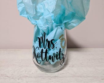 Personalized Bridal Stemless Wine Glasses/ Mrs. Wine Glass/ Engagement gifts/ Bridal Shower Gift/ Bachelorette Gift/ Bride Gift/ Mrs. Gift