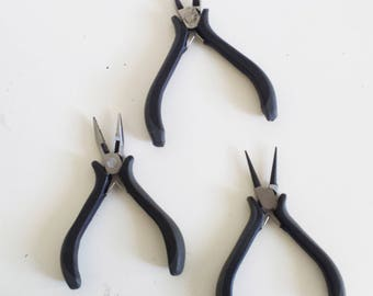 Set of 3 pliers for jewelry making