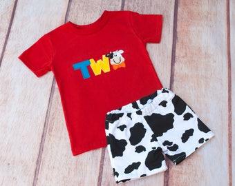 Cow Birthday Shirt, Two Year Old Birthday Shirt, Farm Theme, Birthday Shirt, Second Birthday Shirt, Applique Birthday Shirt,