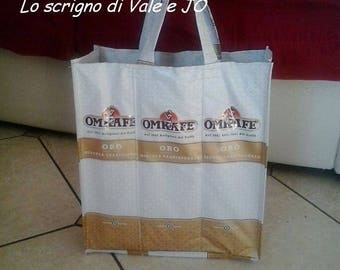 ideal bag for shopping, very roomy and durable