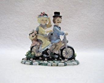 Ivy & Innocence - Violet and Ed Peters Figurine