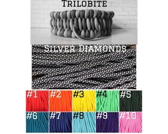 CUSTOM TRILOBITE PARACORD Silver Diamonds + Solid Color  – Pet Collar
