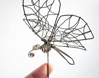 Butterfly metal shank