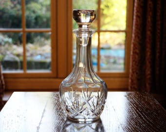 Beautiful vintage wine decanter, moulded glass with star cut pattern; c1980s; port decanter; glass decanter; spirits decanter;