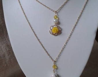 """little yellow flower and pearls"" necklace"