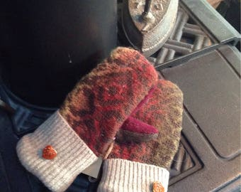 Beautiful  baroque patterned sweater mittens, child sized