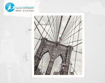 "Brooklyn Bridge, New York Photography, NYC, New York Art, Big Apple, Street Photography, Wall Art, Cityart - ""Getting Out Of Line"""