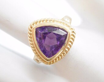 Amethyst Ring, Trillion Cut, Gold Amethyst Ring, Vintage Ring, 10k Yellow Gold 1.25 Carat Trillion Cut Amethyst Ring Sz 7 #3398