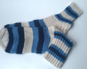 Blue white socks Hand knitted socks Warn wool socks Winter socks