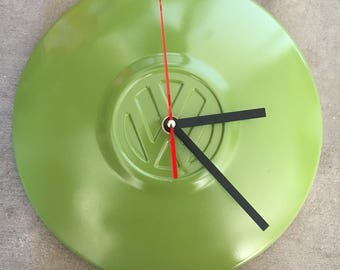 Hubcap  clock