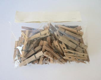 Bag of 60 wooden clothespin // Antique wooden pins // wash clothes pins wooden pegs