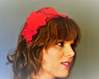 Plush red headdress for guest with roses Saintmx. Headdress perfect for wedding or event