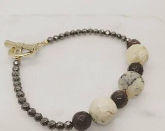Gemstone bead bracelet, beaded bracelet , Agate bead bracelet, Black Pyrites bracelet, gift for her, gift for mom, Small wrist bracelet