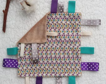 Taggy blanket 10